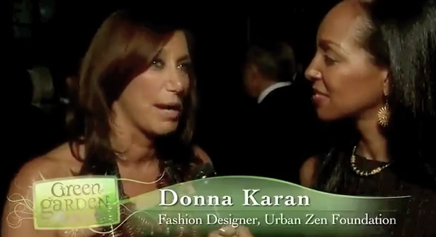 Teresa Kay-Aba Kennedy interviewing Donna Karan for Dr. Oz's HealthCorps Green Garden Gala