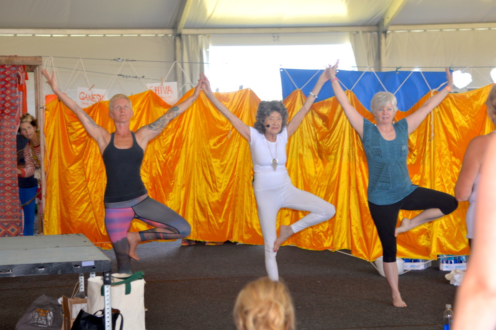 Tao Porchon-Lynch teaching at Nantucket Yoga Festival