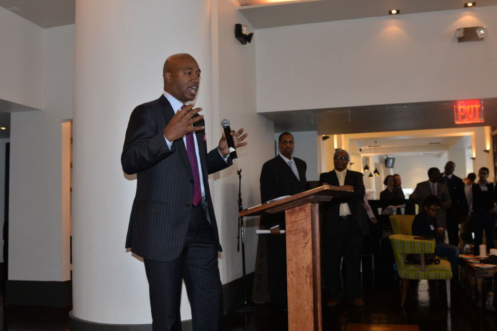 Larry Irving speaking at the First Annual Silicon Harlem Conference
