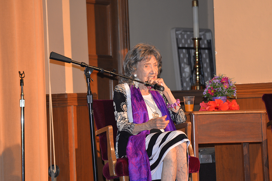 "97-year-old yoga master Tao Porchon-Lynch in ""Conversation with a Master"" event in Kansas City"