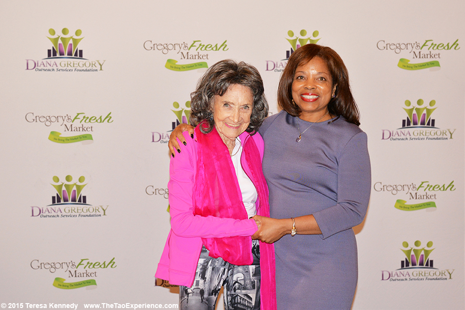 Tao Porchon-Lynch and Diana Gregory at 4th Annual Senior Awards in Phoenix, Arizona - September 25, 2015