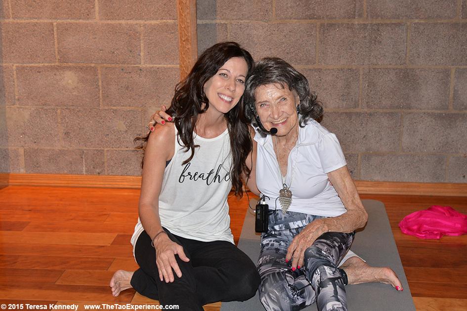 97-year-old yoga master Tao Porchon-Lynch teaching at Urban Yoga Phoenix, September 25th, 2015