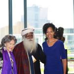 97-year-old yoga master Tao Porchon-Lynch, Sadhguru Jaggi Vasudev and Teresa Kay-Aba Kennedy at the United Nations for International Day of Yoga event - June 20, 2016