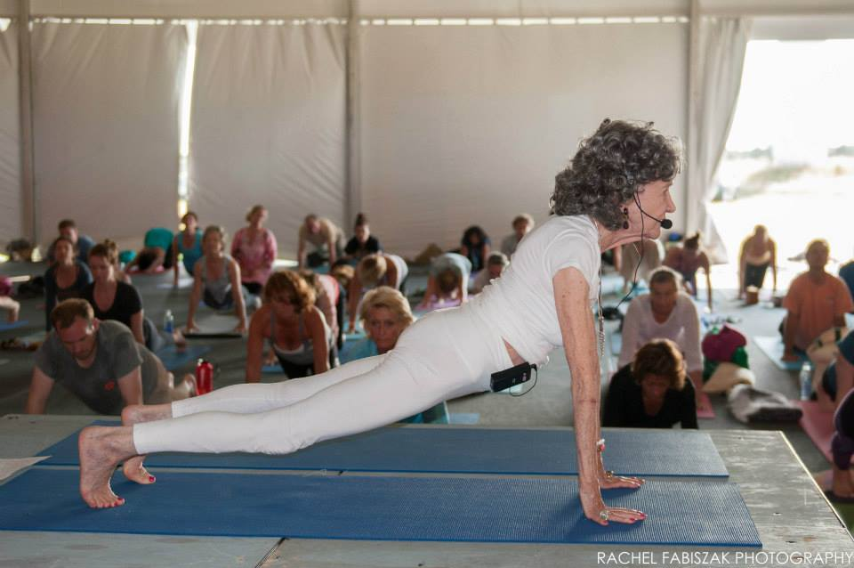 Tao Porchon-Lynch teaching at the Nantucket Yoga Festival